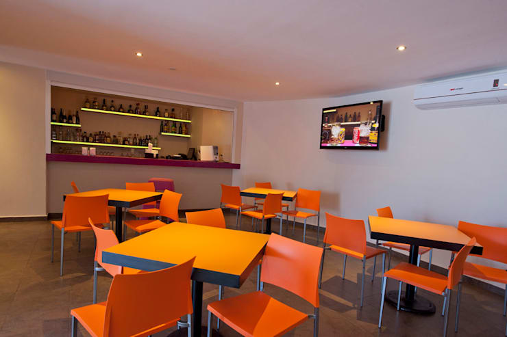 Hotel ABCentral : Comedores de estilo  por DIN Interiorismo