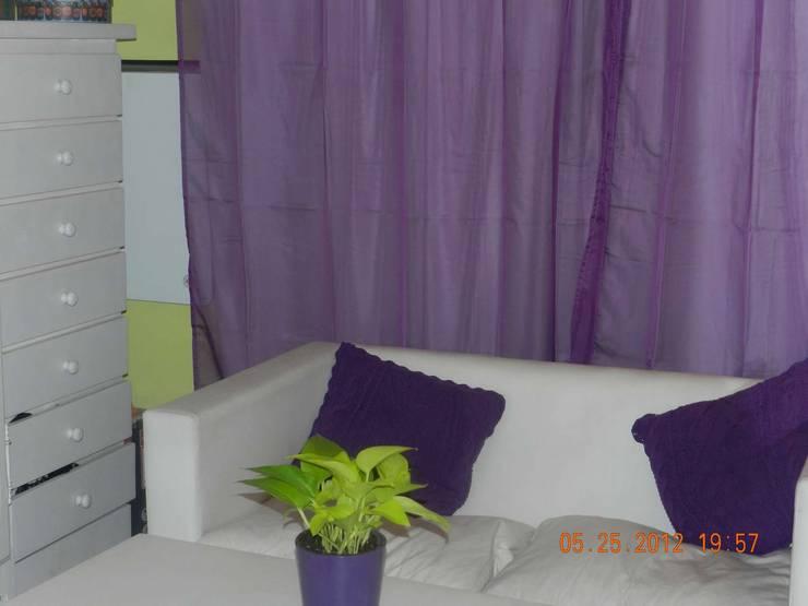 Planta Baja - Sector living: Dormitorios de estilo  por Arq Andrea Mei   - C O M E I -