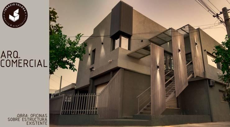 Oficinas sobre vivienda existente: Estudios y oficinas de estilo  por Ignacio Tolosa Arquitectura