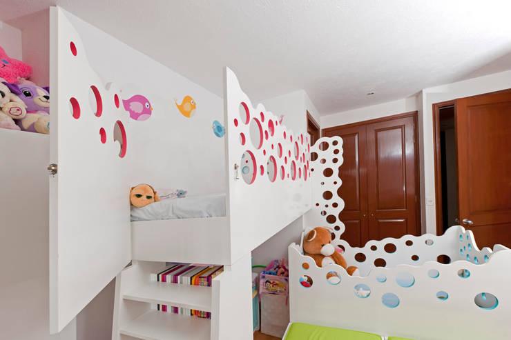de estilo  de DIN Interiorismo , Moderno