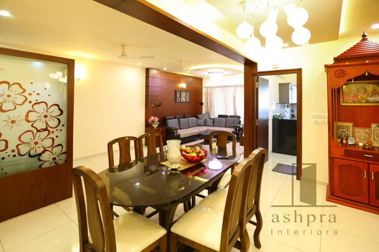 Dinning 2: asian Dining room by Ashpra interiors