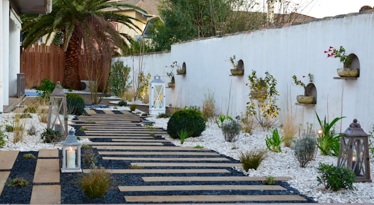 Garden by PATXI CASTRO