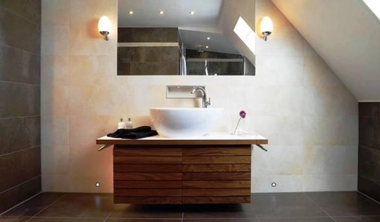 Casa Viva Obras: Casas de banho  por Casa Viva Obras