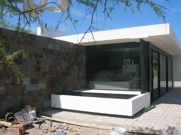 Terrace by Estudio Arquitectura Agustín Duarte