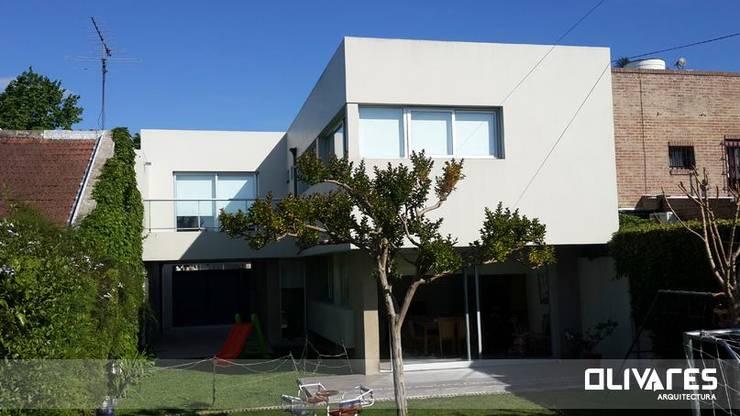 Vivienda 505: Casas de estilo  por Arq Olivares,Moderno
