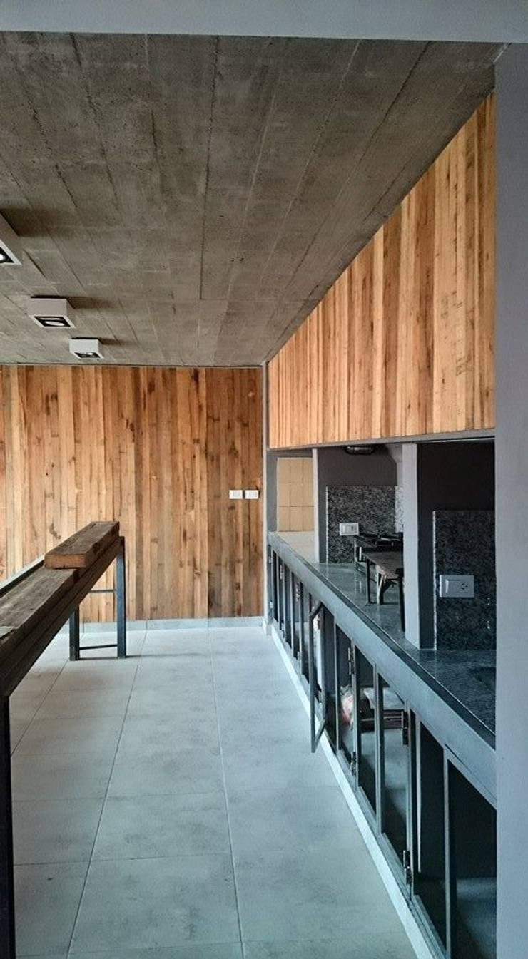 Casa Jardín: Comedores de estilo  por Lucas Rubio Arquitecto,