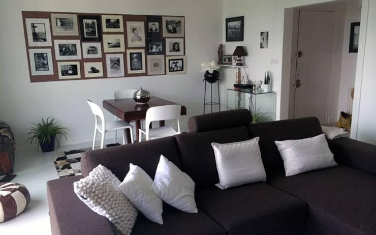 Rénovation appartement Nantes: Salon de style  par de l'interieur
