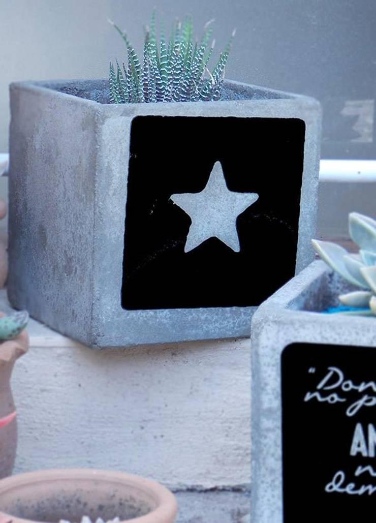 Primeros Diseños: Hogar de estilo  por Bellegarde Objetos + Deco,