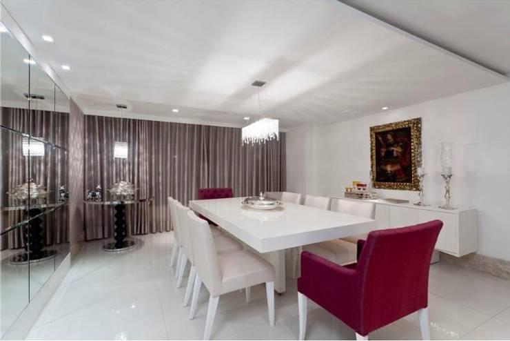 ANUÁRIO DE DECORAÇÃO 2011: Salas de jantar modernas por MJ Projetos e Consultoria Ltda
