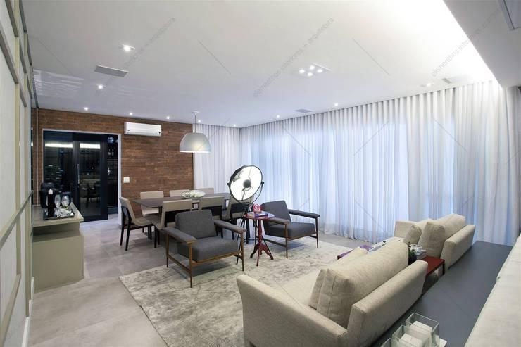 Projeto: Salas de estar  por Elementhos Interiores + Arquitetura