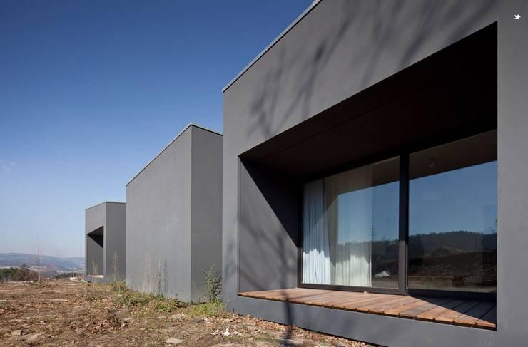 Casa M:   por Arquivo de Arquitectura
