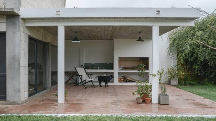Terrazas de estilo  por ggap.arquitectura