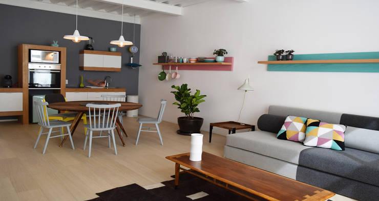 Donceles 17: Salas de estilo  por Germán Velasco Arquitectos