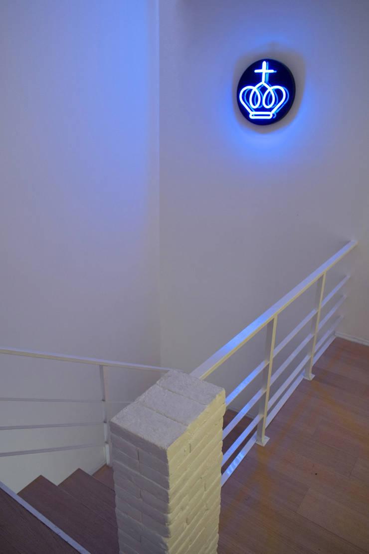 Corridor & hallway by Germán Velasco Arquitectos , Modern