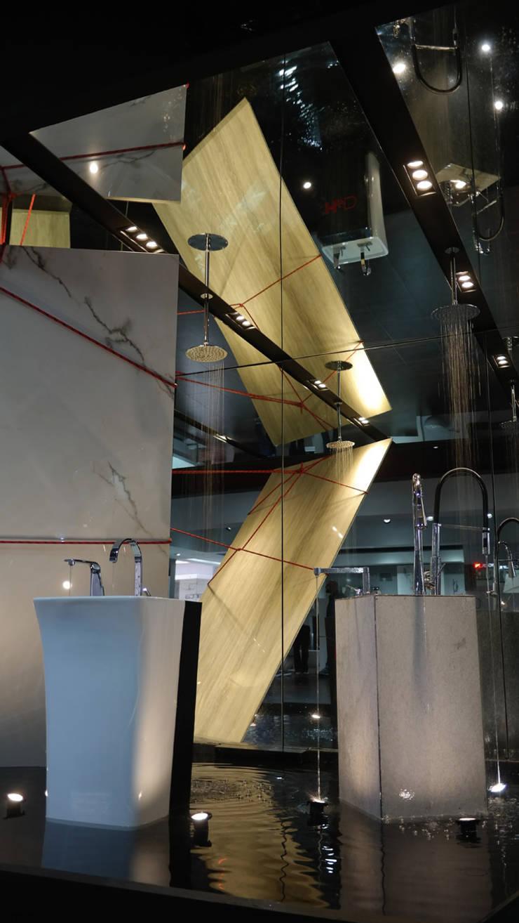 Helvex by Designers : Estudios y oficinas de estilo  por Germán Velasco Arquitectos