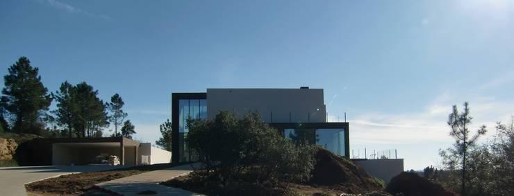 AMG arquitectos:   por AMG