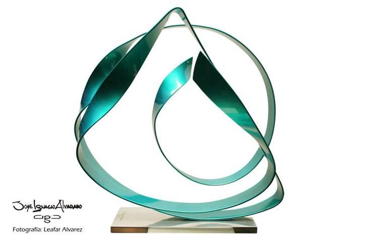 Esculturas: Arte de estilo  por Ciga Arquitectos Consultores C.A