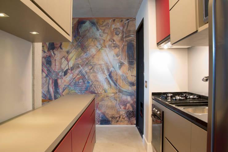 Cozinha: Cozinhas modernas por MONICA SPADA DURANTE ARQUITETURA