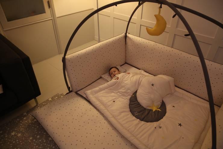 롤베이비범퍼침대Big Moon: 롤베이비의  아이 방