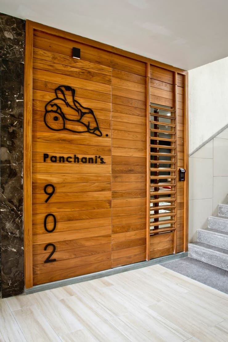 Pachani's residence:  Windows by Neogenesis+Studi0261,Modern