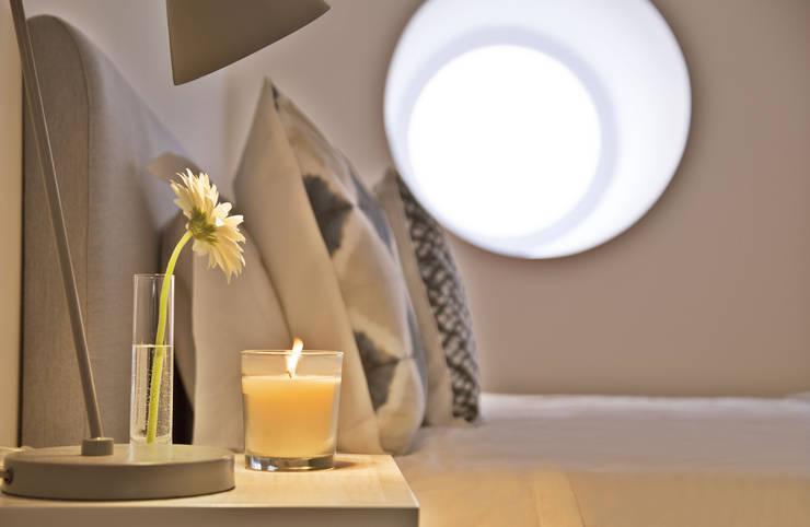 Bedroom by Pureza Magalhães, Arquitectura e Design de Interiores