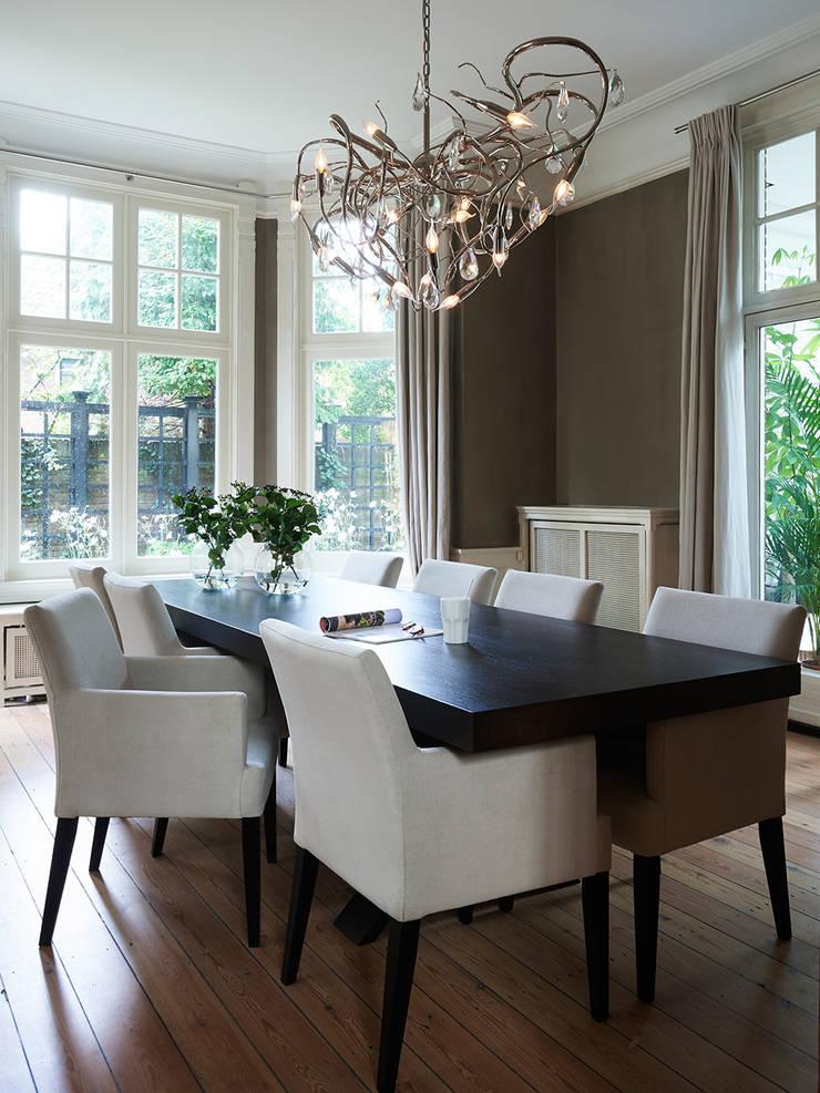 Villa Hilversum:  Eetkamer door Designa Interieur & Architectuur BNA, Klassiek