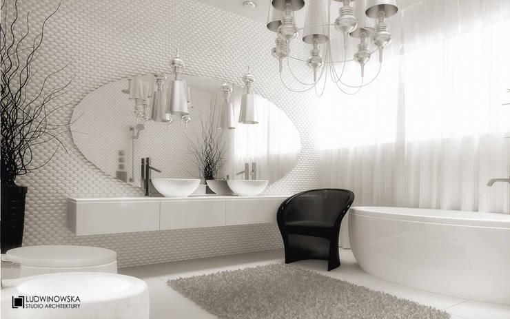 MODERN GLAMOUR: styl , w kategorii Łazienka zaprojektowany przez Ludwinowska Studio Architektury