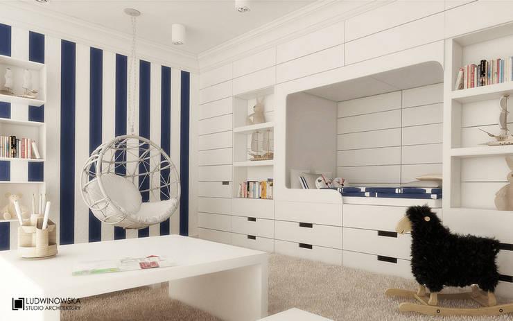 MODERN GLAMOUR: styl , w kategorii Pokój dziecięcy zaprojektowany przez Ludwinowska Studio Architektury
