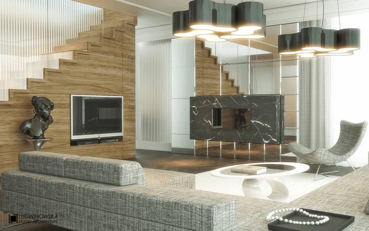 MODERN GLAMOUR: styl , w kategorii Salon zaprojektowany przez Ludwinowska Studio Architektury