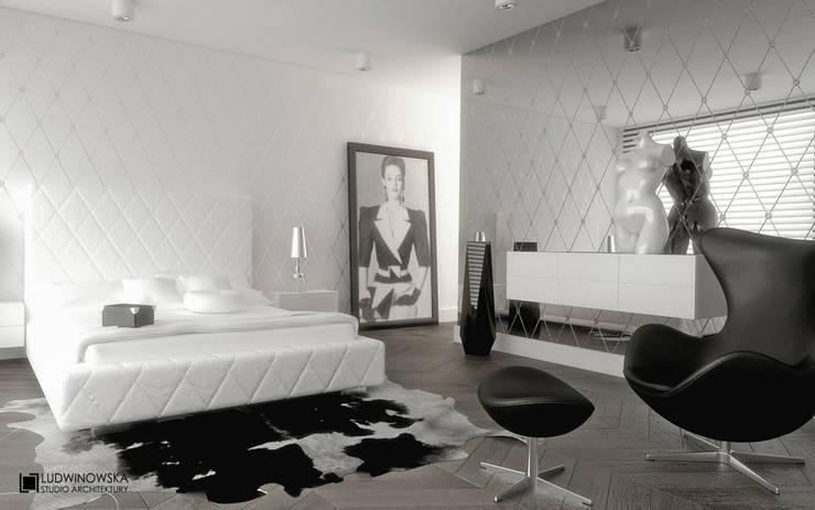 MODERN GLAMOUR: styl , w kategorii Sypialnia zaprojektowany przez Ludwinowska Studio Architektury