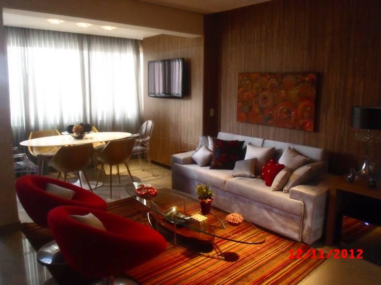 Residencias:   por ML Designer de Interiores