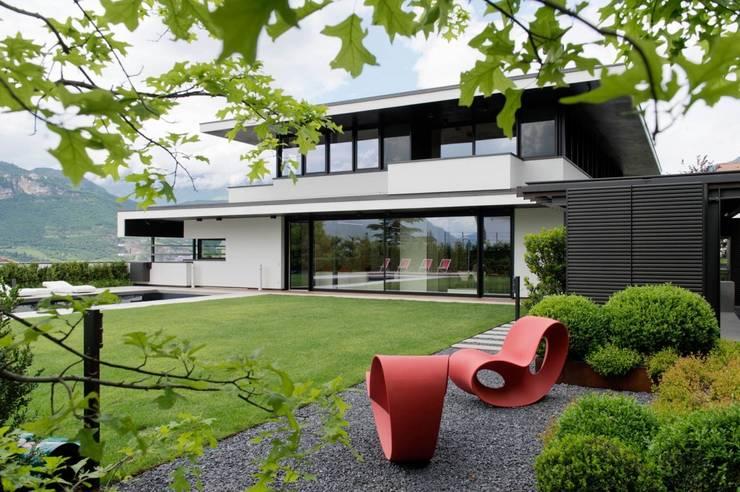 Garden by Paul Marie Creation
