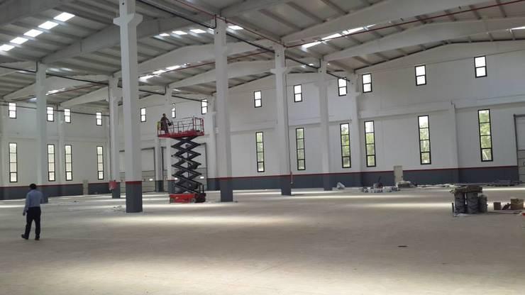 MAG Tasarım Mimarlık İnşaat Emlak San.ve Tic.Ltd.Şti. – STARAX ÇORLU:  tarz , Endüstriyel