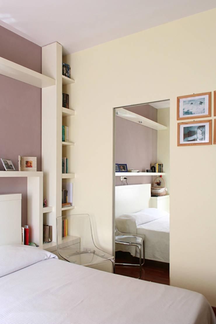 Bedroom by PARIS PASCUCCI ARCHITETTI