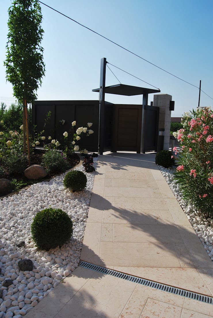 Modern garden by Lugo - Architettura del Paesaggio e Progettazione Giardini Modern