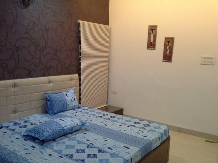 Jireti's Villa:  Bedroom by VINCA interiors,Modern