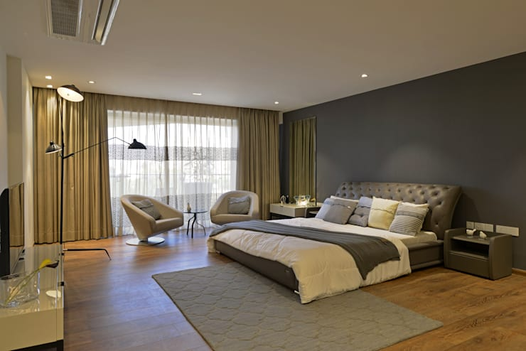 Showflat for Mahindra Lifespace: minimalistic Bedroom by Aum Architects