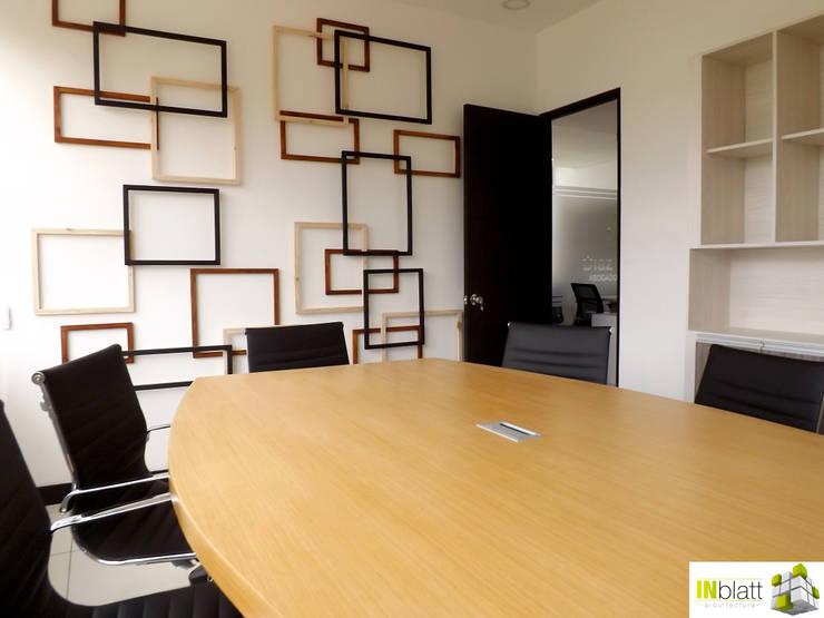 Diseño Arquitectónico y Construcción Oficinas D&D Abogados Asociados : Oficinas y tiendas de estilo  por INblatt _Arquitectura
