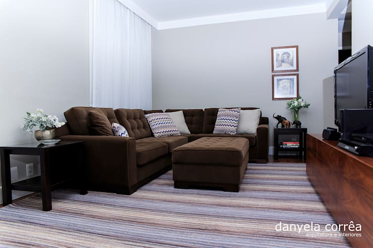 Apartamento Villa Natura: Sala de estar  por Danyela Corrêa Arquitetura