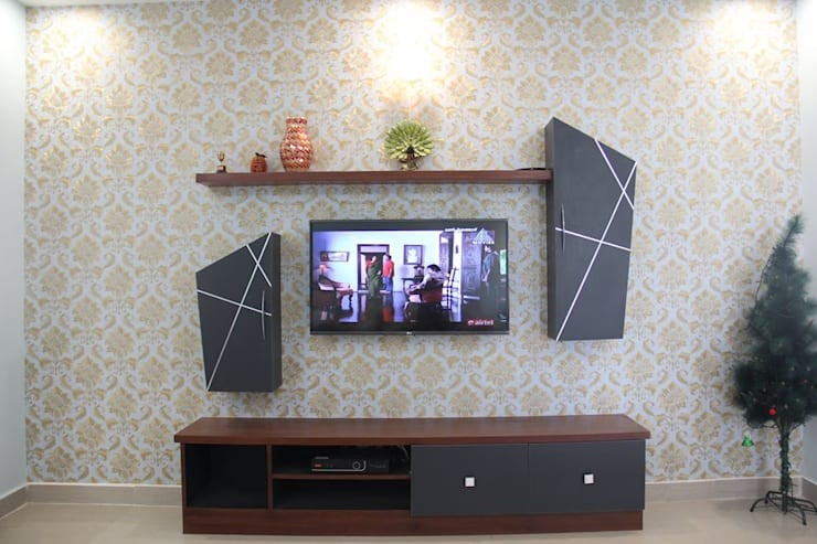 BhubanaGreenTVUnit: classic Living room by Uniheights Interio PVT LTD
