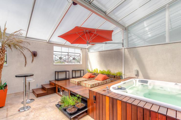 Terrazas de estilo  por VL Arquitetura e Interiores