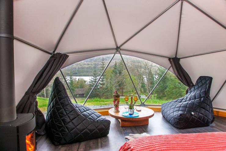 gampling: Dormitorios de estilo  por smart domos