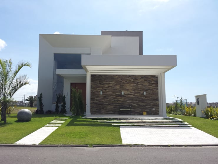 modern Houses by Biazus Arquitetura e Design