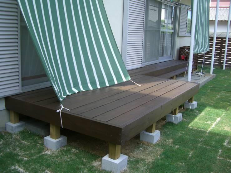 Terrasse de style  par 新家造園緑化, Moderne