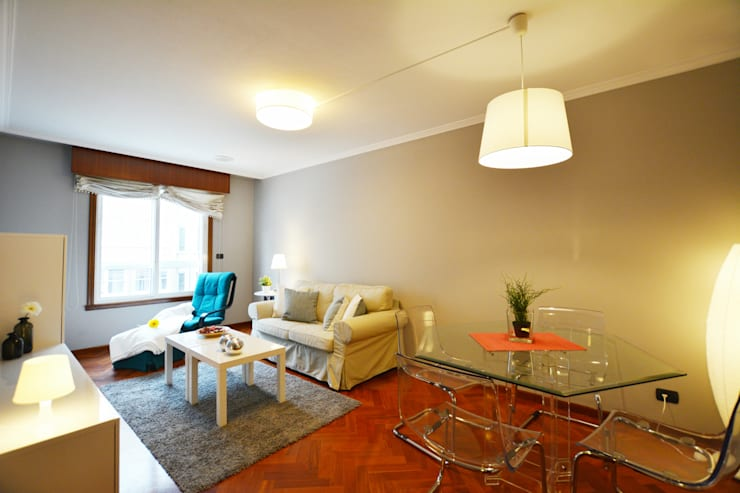 HOME STAGING VIVIENDA ALQUILER CORUÑA:  de estilo  de Ya Home Staging