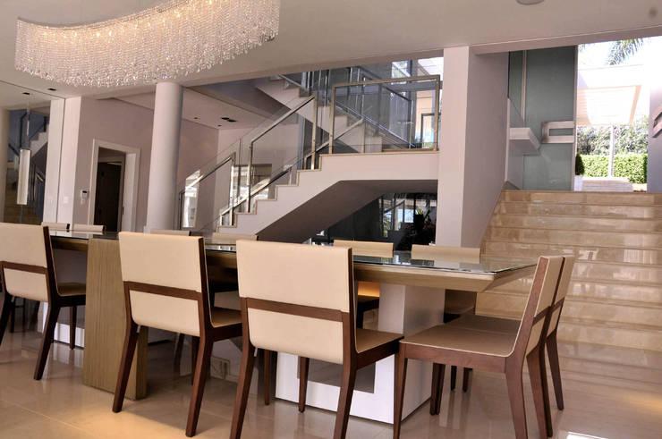 Sala de Jantar: Salas de jantar modernas por A/ZERO Arquitetura