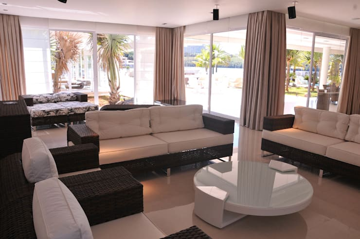 Sala de Estar: Salas de estar  por A/ZERO Arquitetura