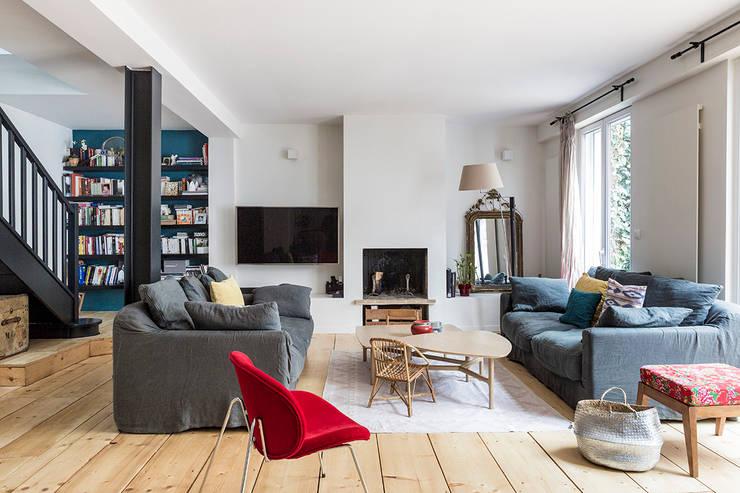 Salon: Salon de style  par Olivier Stadler Architecte