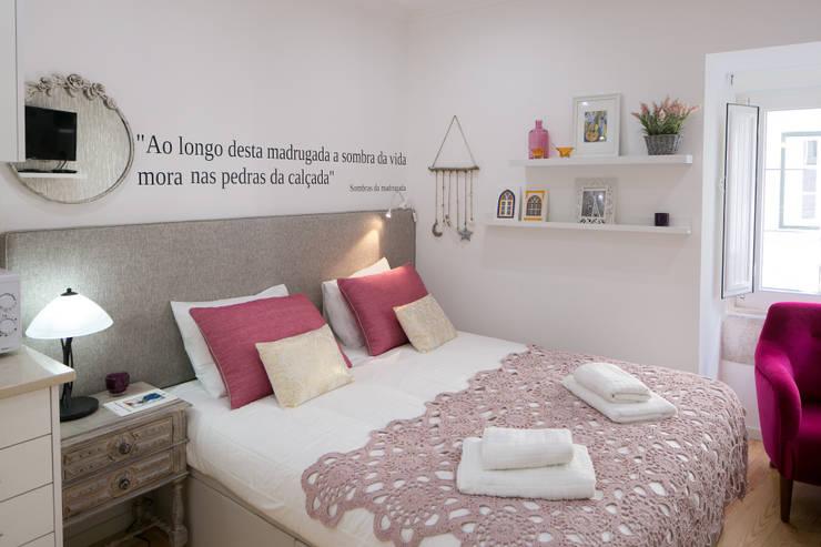 Guesthouse na Moraria – Lisboa: Hotéis  por Joana Conceição - Architecture and Interior design