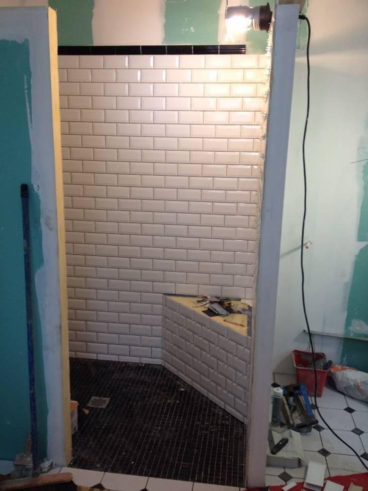 Salle de bain style art déco von POPPIN\' WOOD | homify